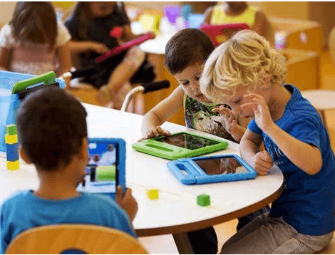 5. Charges & Syncs HUB 's Application in Education on the Tablets